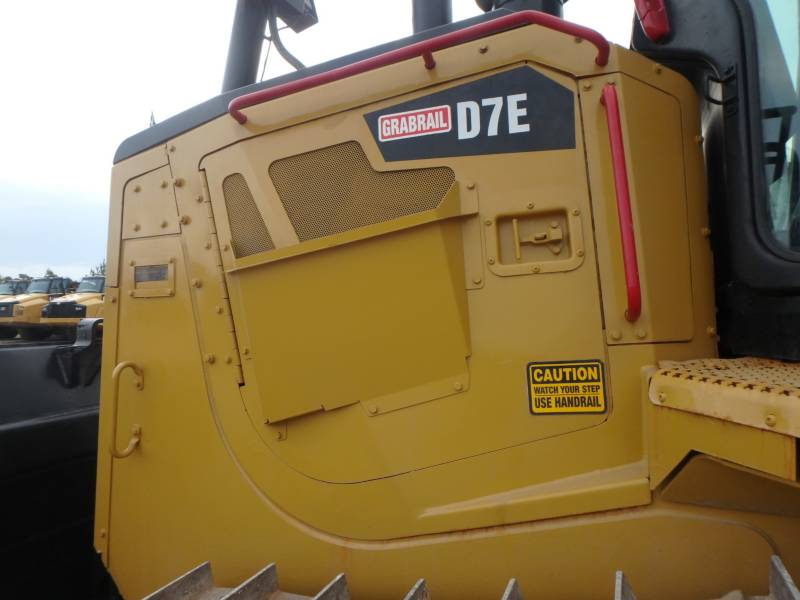 CATERPILLAR TRACTEURS SUR CHAINES D7E equipment  photo 16
