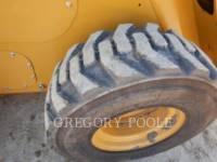 CATERPILLAR KOMPAKTLADER 262D equipment  photo 17