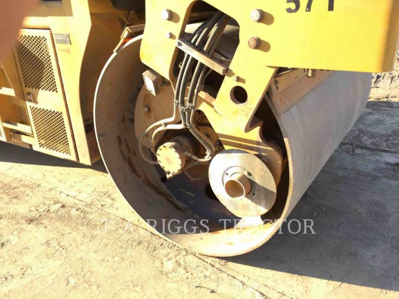 CATERPILLAR COMPACTADORES CD54B equipment  photo 23