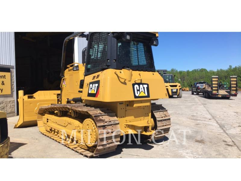 CATERPILLAR TRACK TYPE TRACTORS D6K 2 XL equipment  photo 3