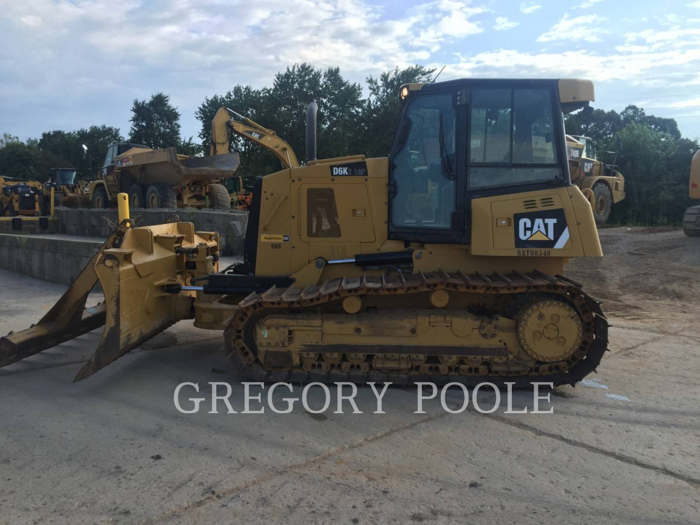 Detail photo of 2013 Caterpillar D6K LGP II from Construction Equipment Guide