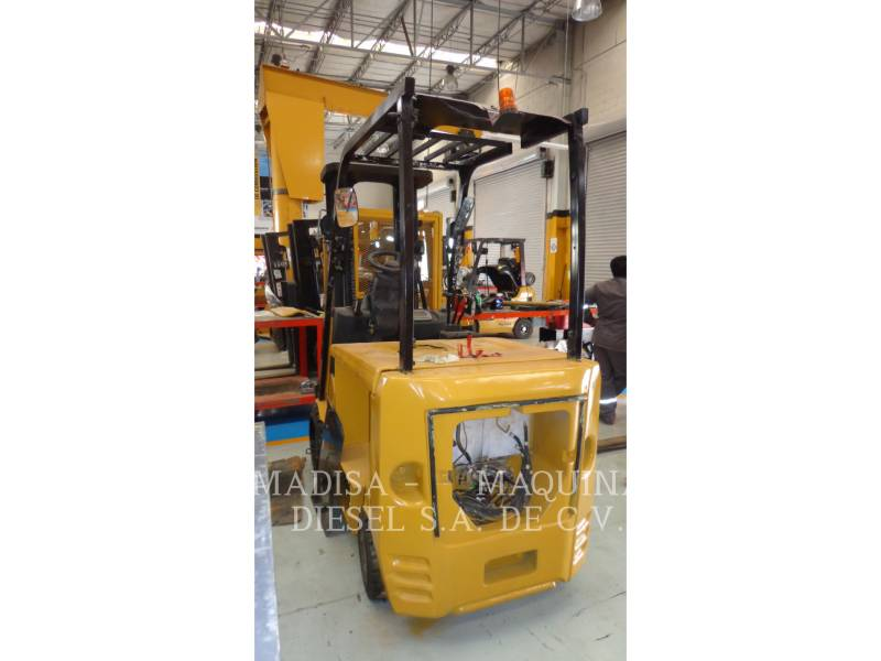 CATERPILLAR CARRELLI ELEVATORI A FORCHE EC30N equipment  photo 4