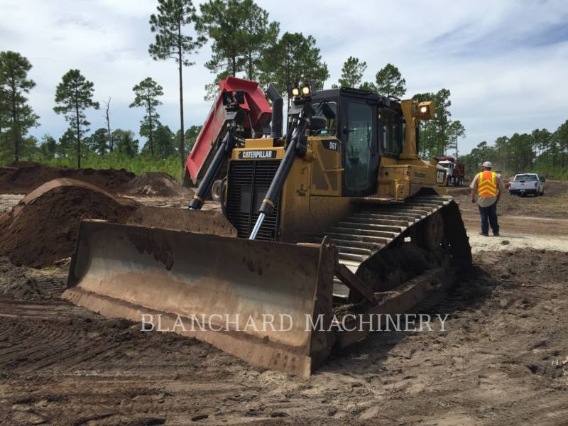 CATERPILLAR TRATORES DE ESTEIRAS D6T LGP equipment  photo 2