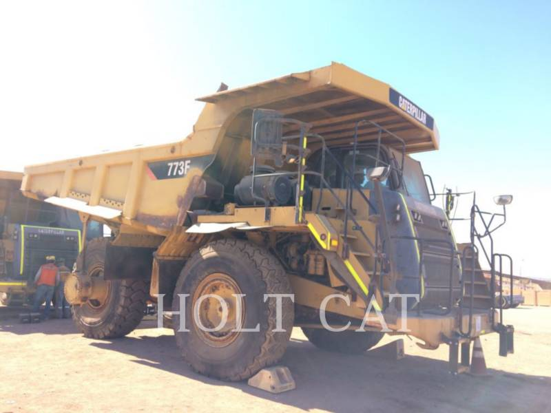 CATERPILLAR TOMBEREAUX DE CHANTIER 773 F equipment  photo 1