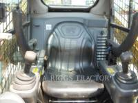 CATERPILLAR PALE COMPATTE SKID STEER 242D A equipment  photo 19