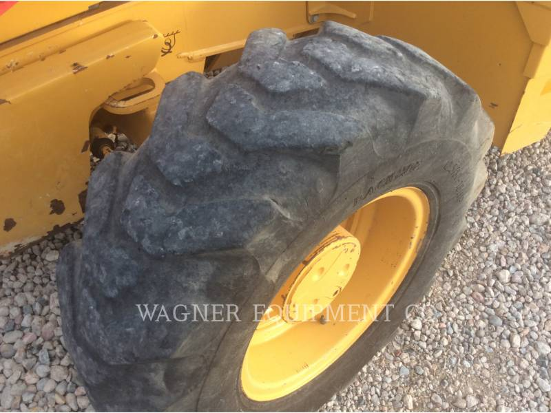 JOHN DEERE BACKHOE LOADERS 310SK equipment  photo 16