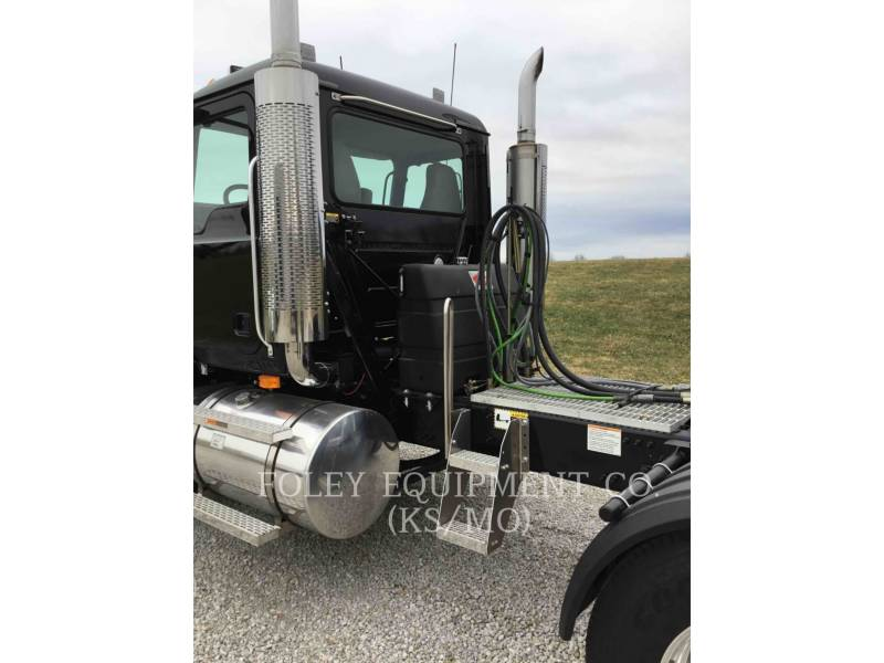 MACK CAMIONS ROUTIERS CNH613 equipment  photo 16