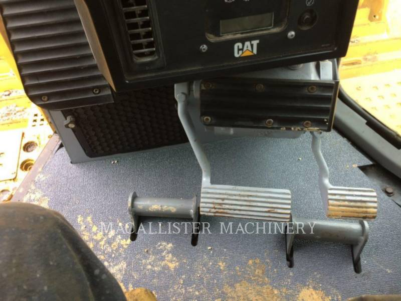 CATERPILLAR TRATTORI CINGOLATI D8RII equipment  photo 9