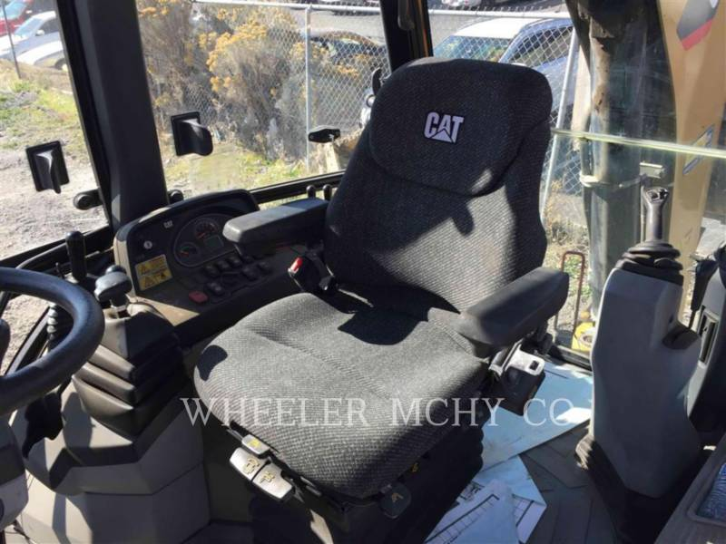 CATERPILLAR CHARGEUSES-PELLETEUSES 420F E equipment  photo 7