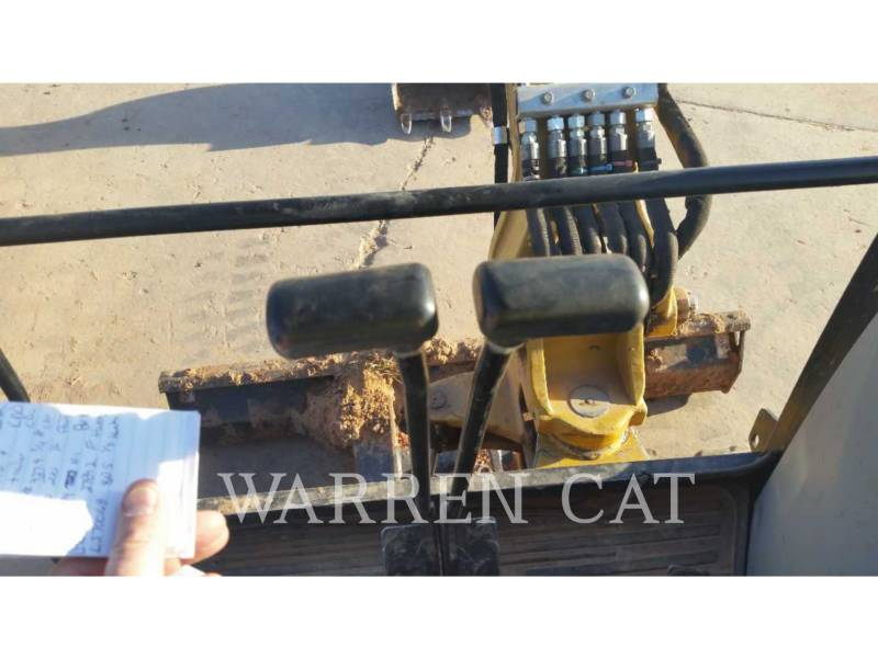 CATERPILLAR EXCAVADORAS DE CADENAS 302.7D equipment  photo 7