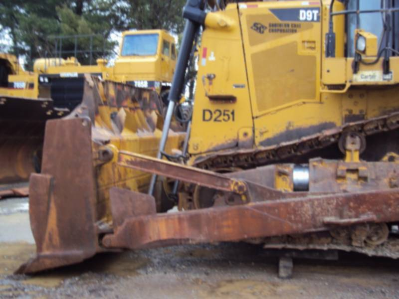 CATERPILLAR TRACTORES DE CADENAS D9T equipment  photo 4