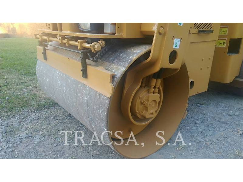 CATERPILLAR TANDEMVIBRATIONSWALZE, ASPHALT CB24 equipment  photo 9