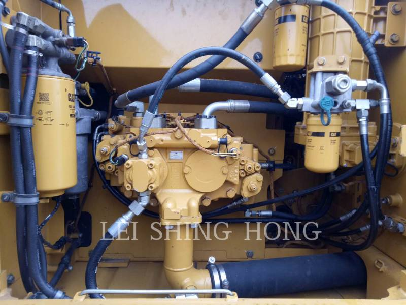 CATERPILLAR PELLES SUR CHAINES 323D2 L equipment  photo 11