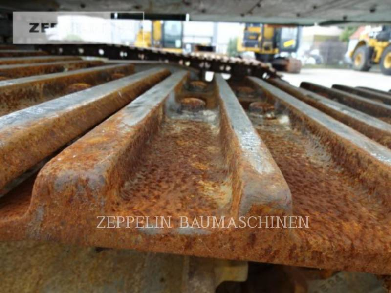 LIEBHERR KETTEN-HYDRAULIKBAGGER R944C LITR equipment  photo 20