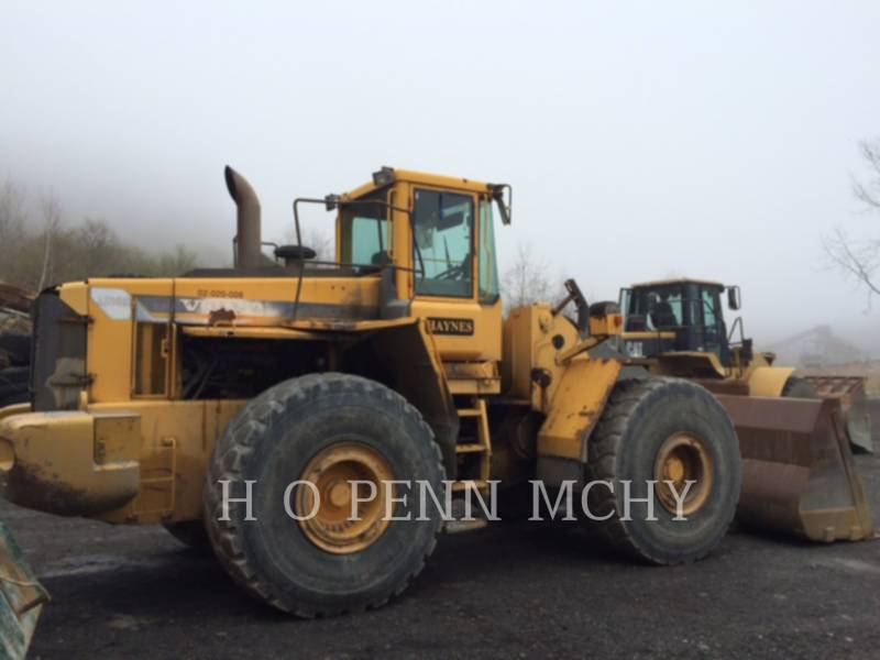 VOLVO CARGADORES DE RUEDAS L220D equipment  photo 3