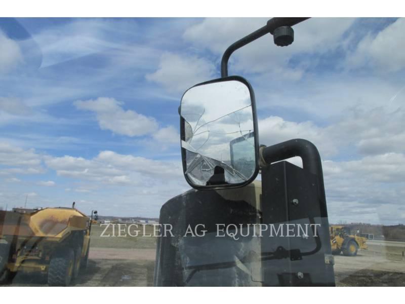 CASE/NEW HOLLAND TRACTORES AGRÍCOLAS 580QT equipment  photo 20