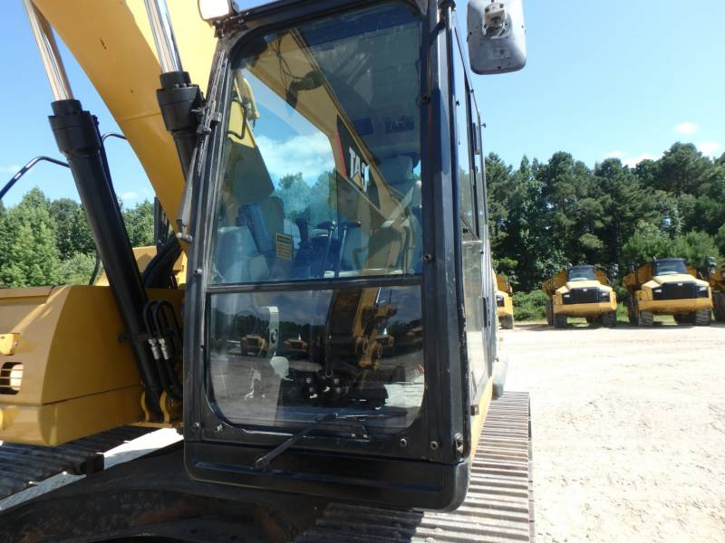 CATERPILLAR TRACK EXCAVATORS 320DLRR equipment  photo 10