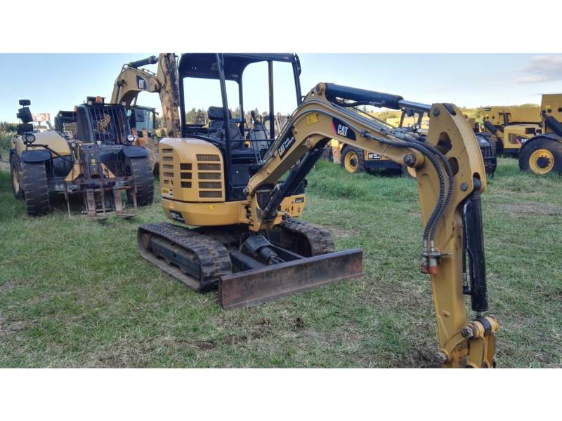 CATERPILLAR トラック油圧ショベル 302.7DCR equipment  photo 1