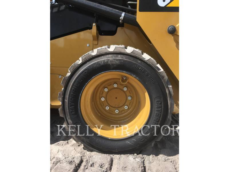 CATERPILLAR SKID STEER LOADERS 236 D equipment  photo 11