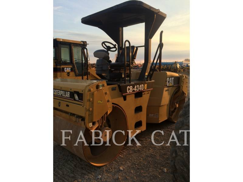 CATERPILLAR COMPACTEURS TANDEMS VIBRANTS CB434D equipment  photo 1