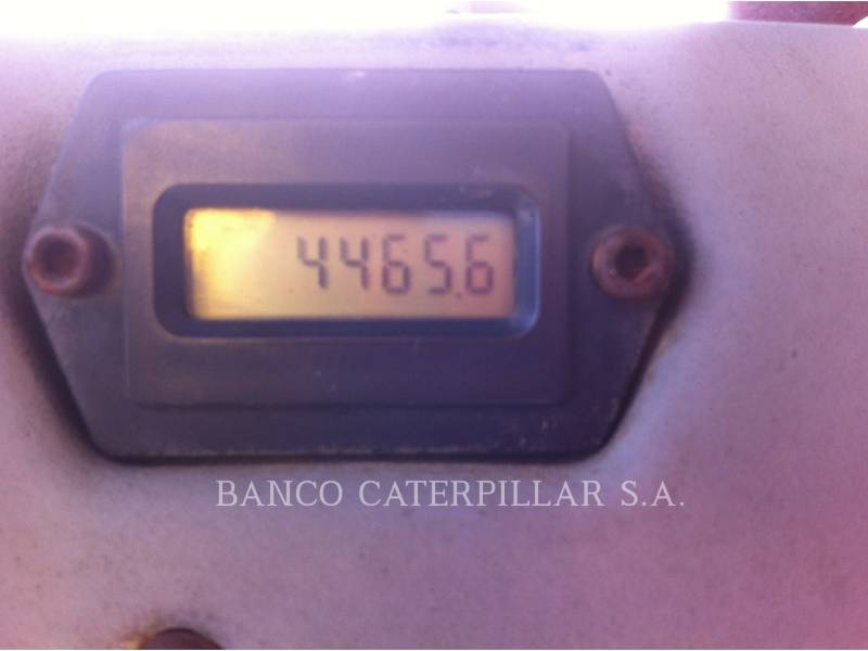 CATERPILLAR TAMBOR DOBLE VIBRATORIO ASFALTO CB-434D equipment  photo 14