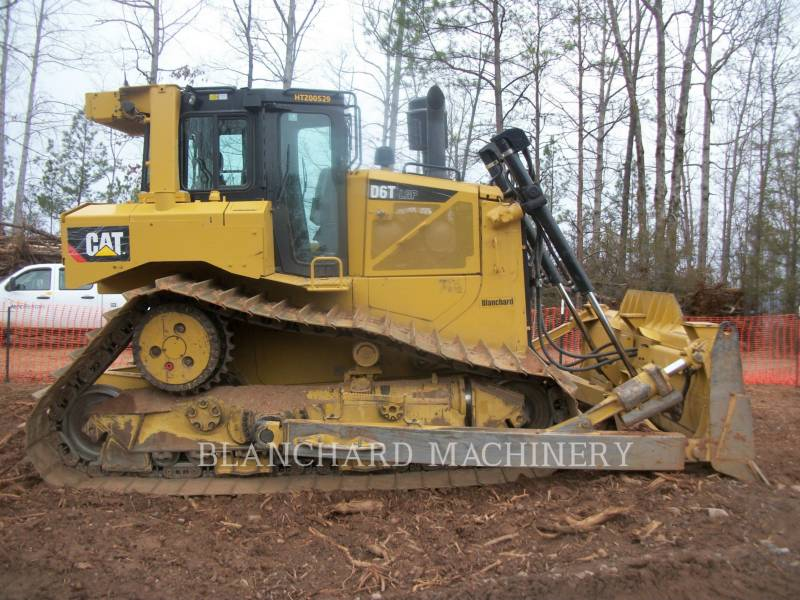 CATERPILLAR KETTENDOZER D6T LGPC equipment  photo 2