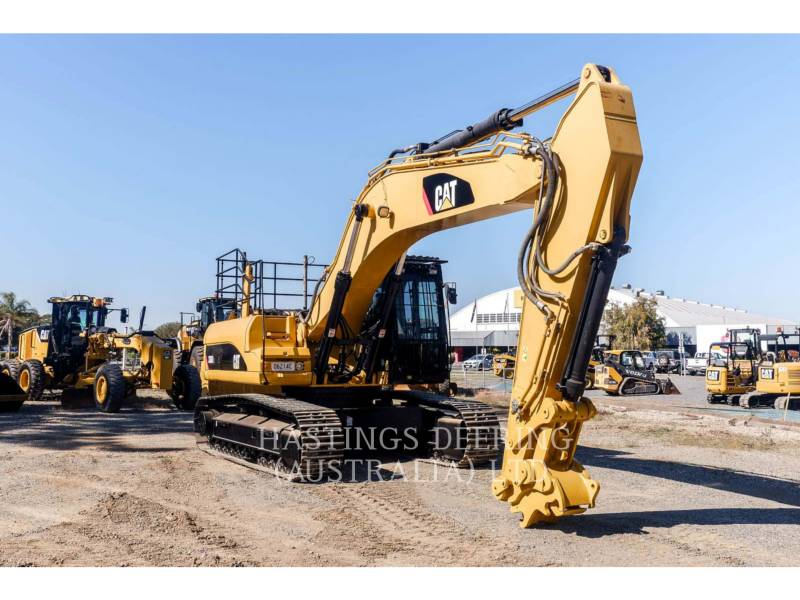 CATERPILLAR TRACK EXCAVATORS 336DL equipment  photo 3
