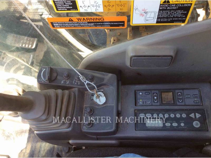 JOHN DEERE TRACK EXCAVATORS 450D LC equipment  photo 17
