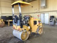 CATERPILLAR TAMBOR DOBLE VIBRATORIO ASFALTO CB24B equipment  photo 2