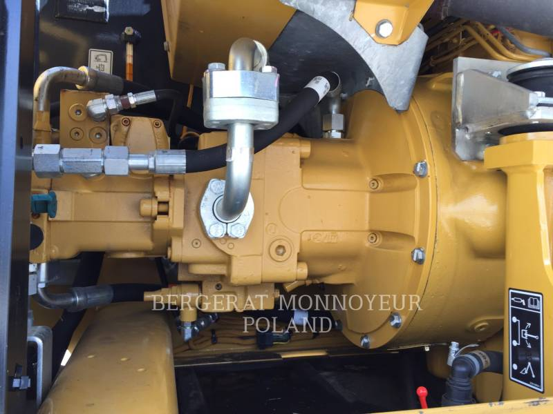 CATERPILLAR PELLES SUR PNEUS M316D equipment  photo 10