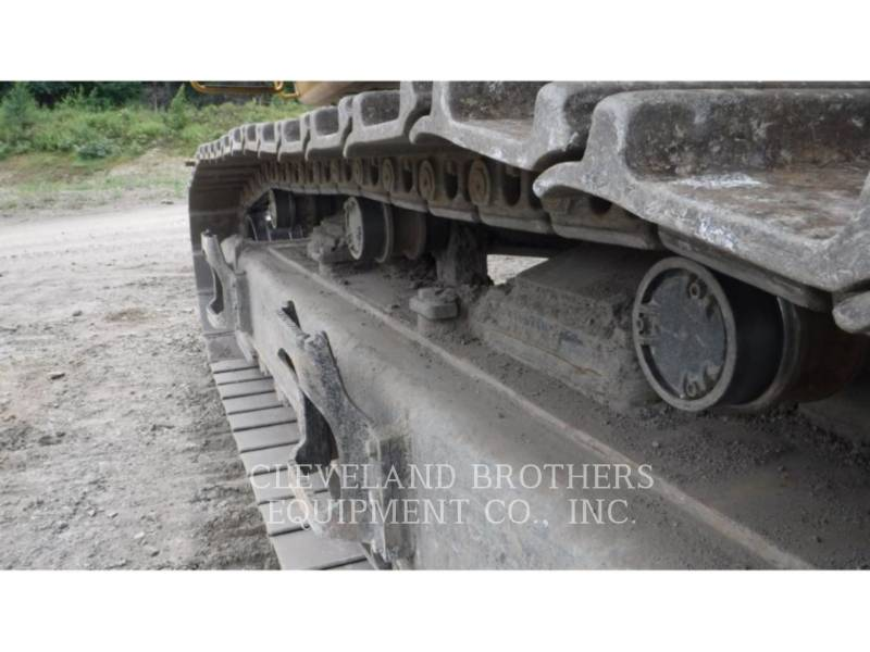 CATERPILLAR TRACK EXCAVATORS 374FL equipment  photo 9