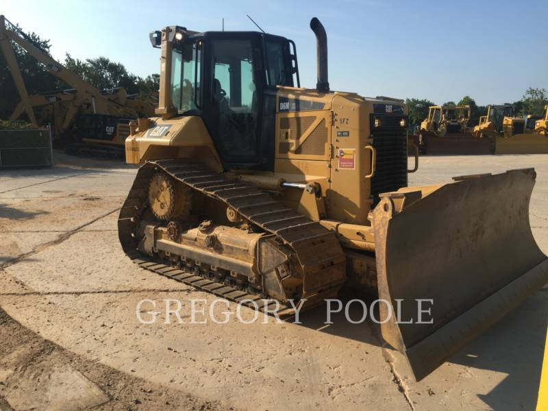 CATERPILLAR KETTENDOZER D6N equipment  photo 3