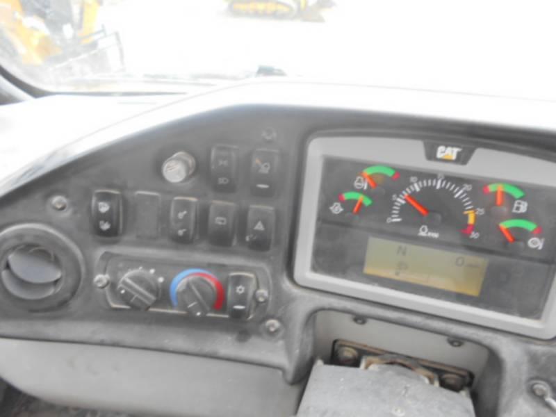 CATERPILLAR CAMIONES ARTICULADOS 740B equipment  photo 21