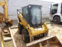 Equipment photo CATERPILLAR 242B3 MINICARREGADEIRAS 1