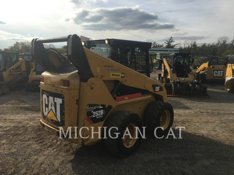 CATERPILLAR SKID STEER LOADERS 252B3 C2Q equipment  photo 4