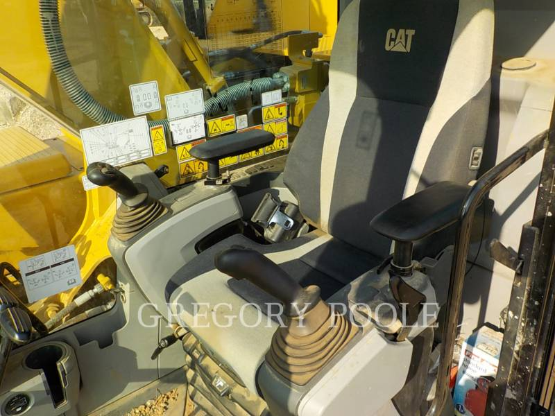 CATERPILLAR KETTEN-HYDRAULIKBAGGER 329FL equipment  photo 24