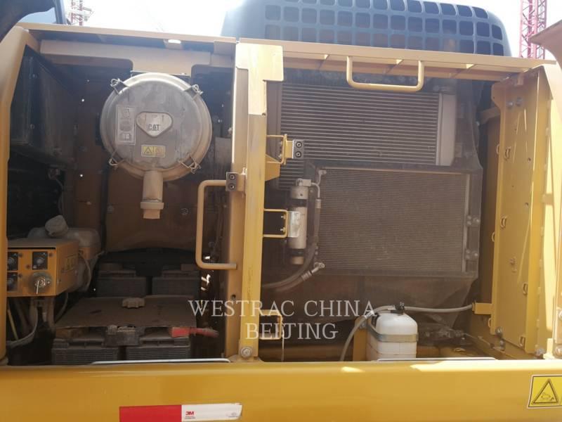 CATERPILLAR ESCAVATORI CINGOLATI 320D2 equipment  photo 4