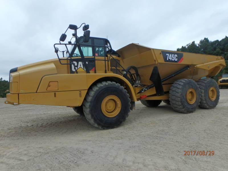 CATERPILLAR KNICKGELENKTE MULDENKIPPER 745C equipment  photo 1