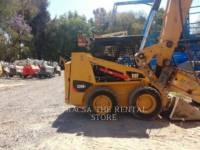Equipment photo CATERPILLAR 226B3LRC SKID STEER LOADERS 1