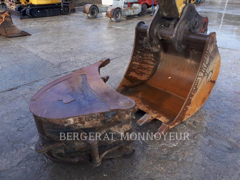 CATERPILLAR WHEEL EXCAVATORS M316C equipment  photo 7