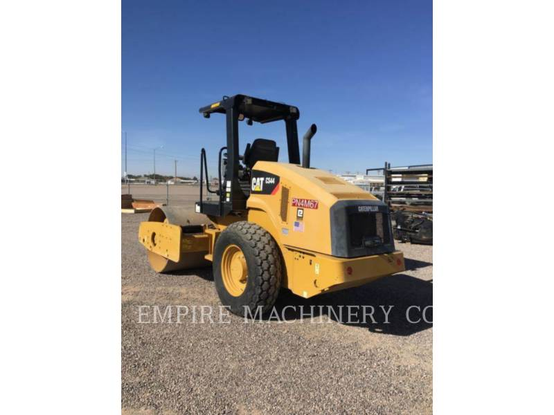 CATERPILLAR COMPACTEUR VIBRANT, MONOCYLINDRE À PIEDS DAMEURS CS44 equipment  photo 4