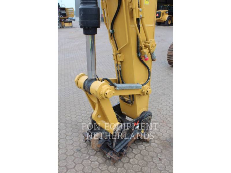 CATERPILLAR TRACK EXCAVATORS 323 EL equipment  photo 18