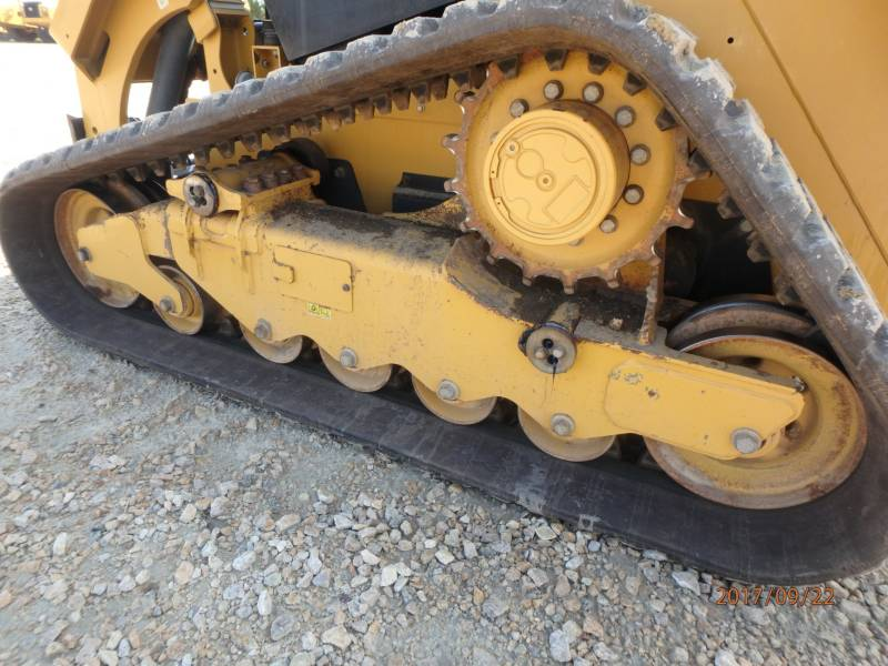 CATERPILLAR CHARGEURS TOUT TERRAIN 279D equipment  photo 13