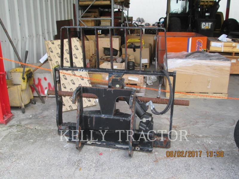 CATERPILLAR WT - FORKS FRAME & TINE FOR TELEHANDLER equipment  photo 1