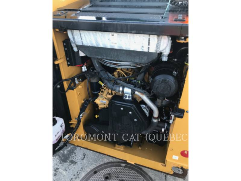 CATERPILLAR SKID STEER LOADERS 226D equipment  photo 10