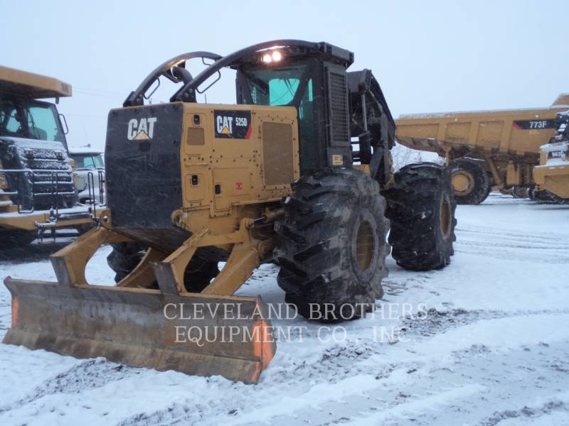 CATERPILLAR FOREST PRODUCTS 525D equipment  photo 2
