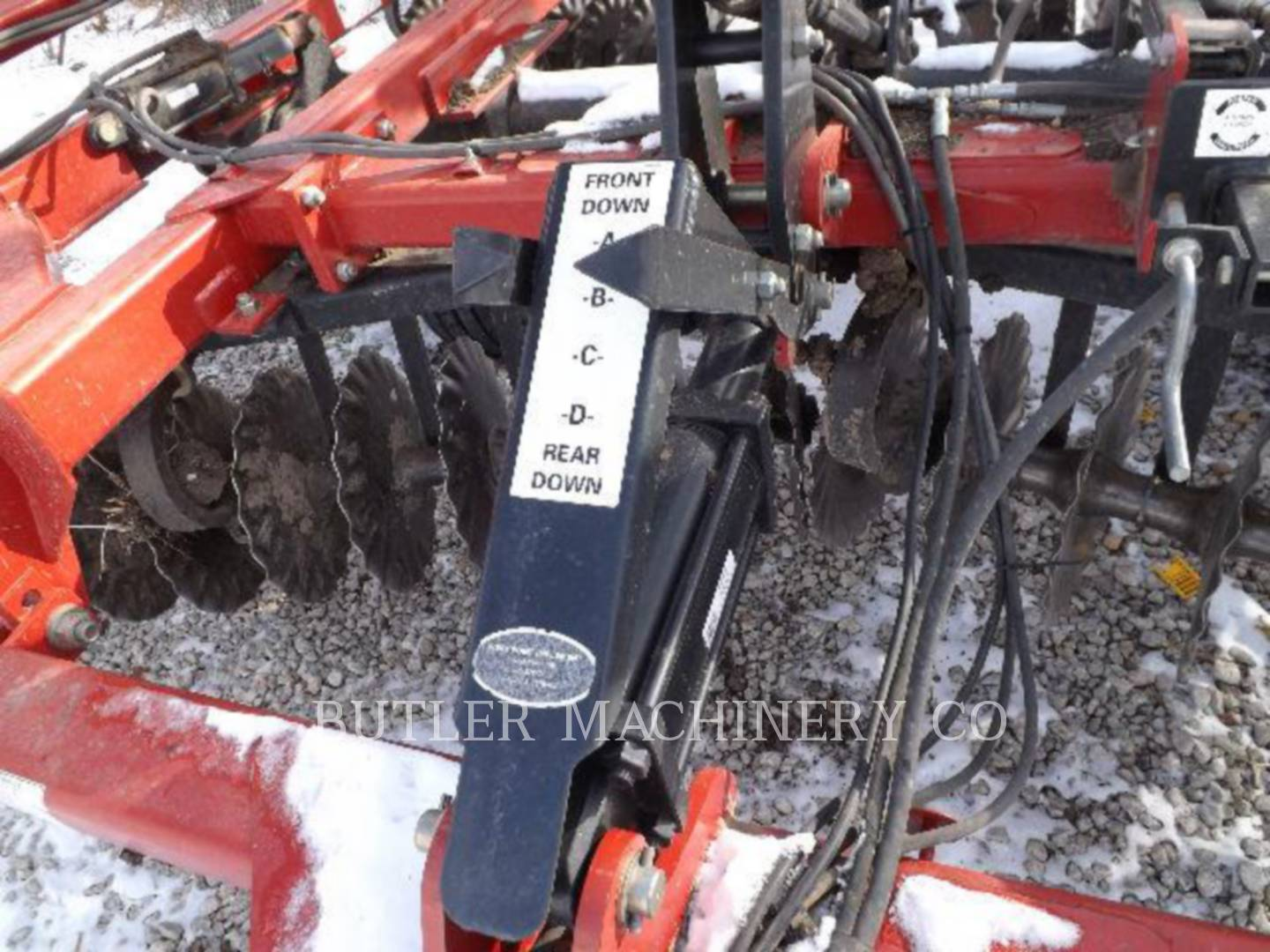 Detail photo of 2007 Case IH 330 from Construction Equipment Guide