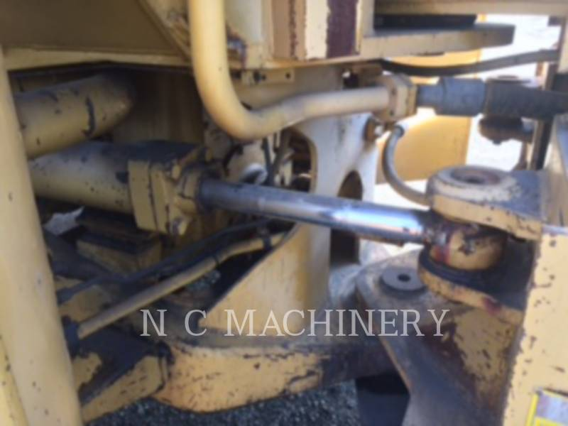 CATERPILLAR WHEEL LOADERS/INTEGRATED TOOLCARRIERS 988B equipment  photo 10