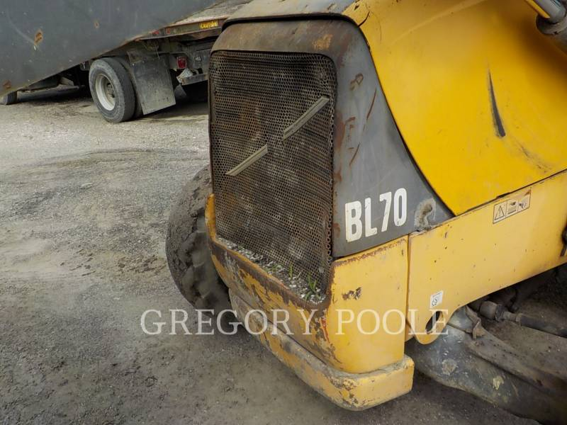 VOLVO BACKHOE LOADERS BL70 equipment  photo 15