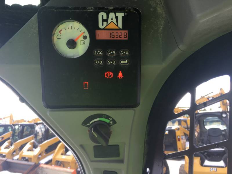 CATERPILLAR MINICARREGADEIRAS 236D equipment  photo 23